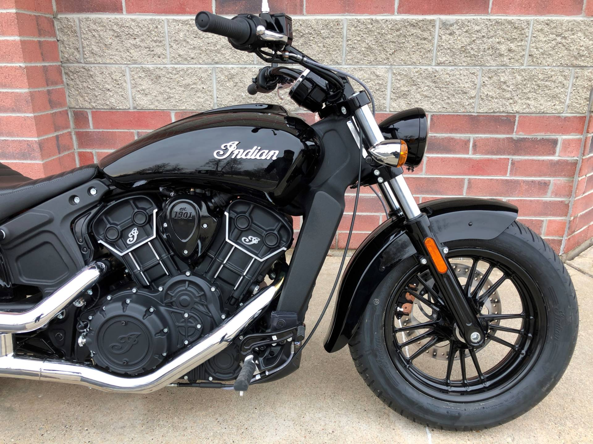 2019 Indian Scout® Sixty in Muskego, Wisconsin - Photo 8
