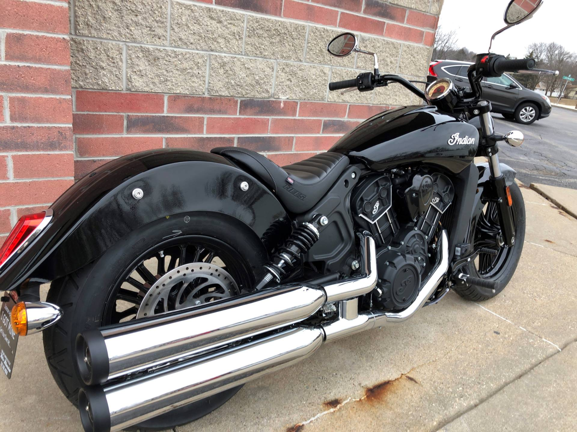 2019 Indian Scout® Sixty in Muskego, Wisconsin - Photo 10