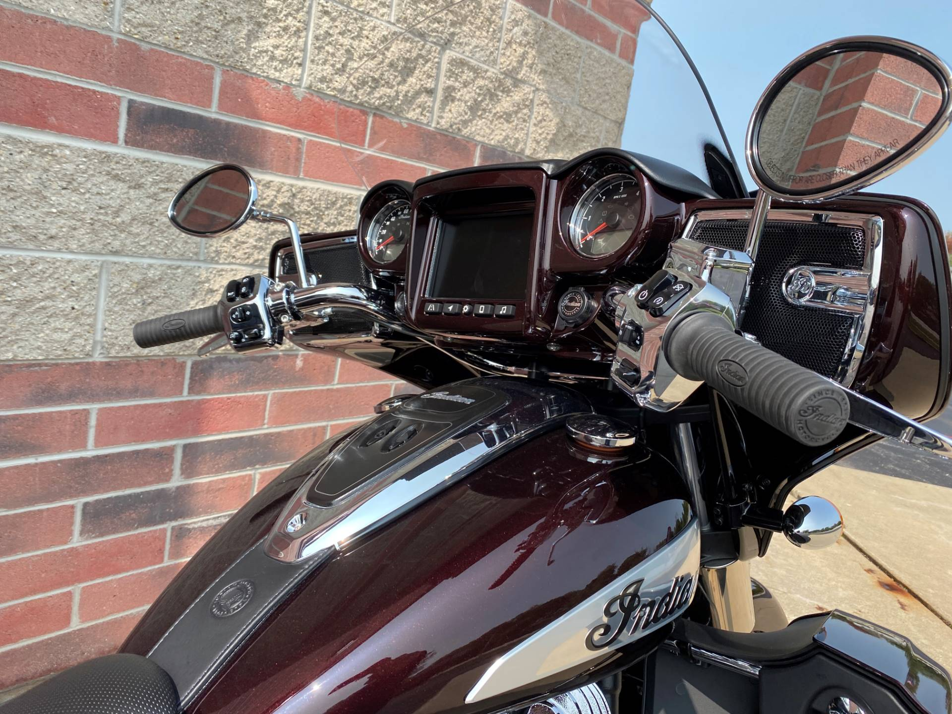 2021 Indian Roadmaster® Limited in Muskego, Wisconsin - Photo 7