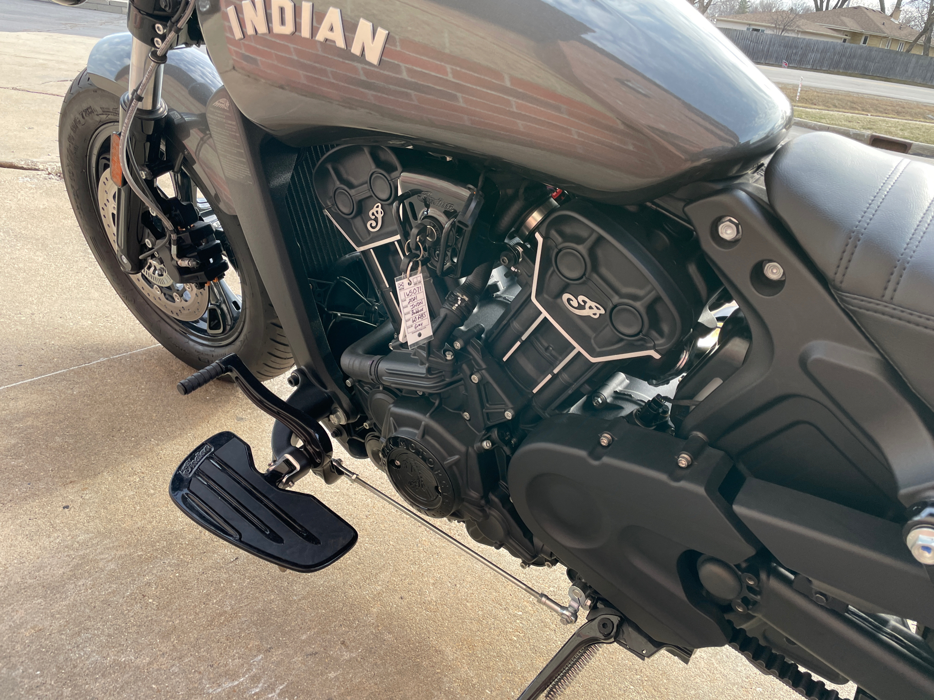 2021 Indian Scout® Bobber Sixty ABS in Muskego, Wisconsin - Photo 12