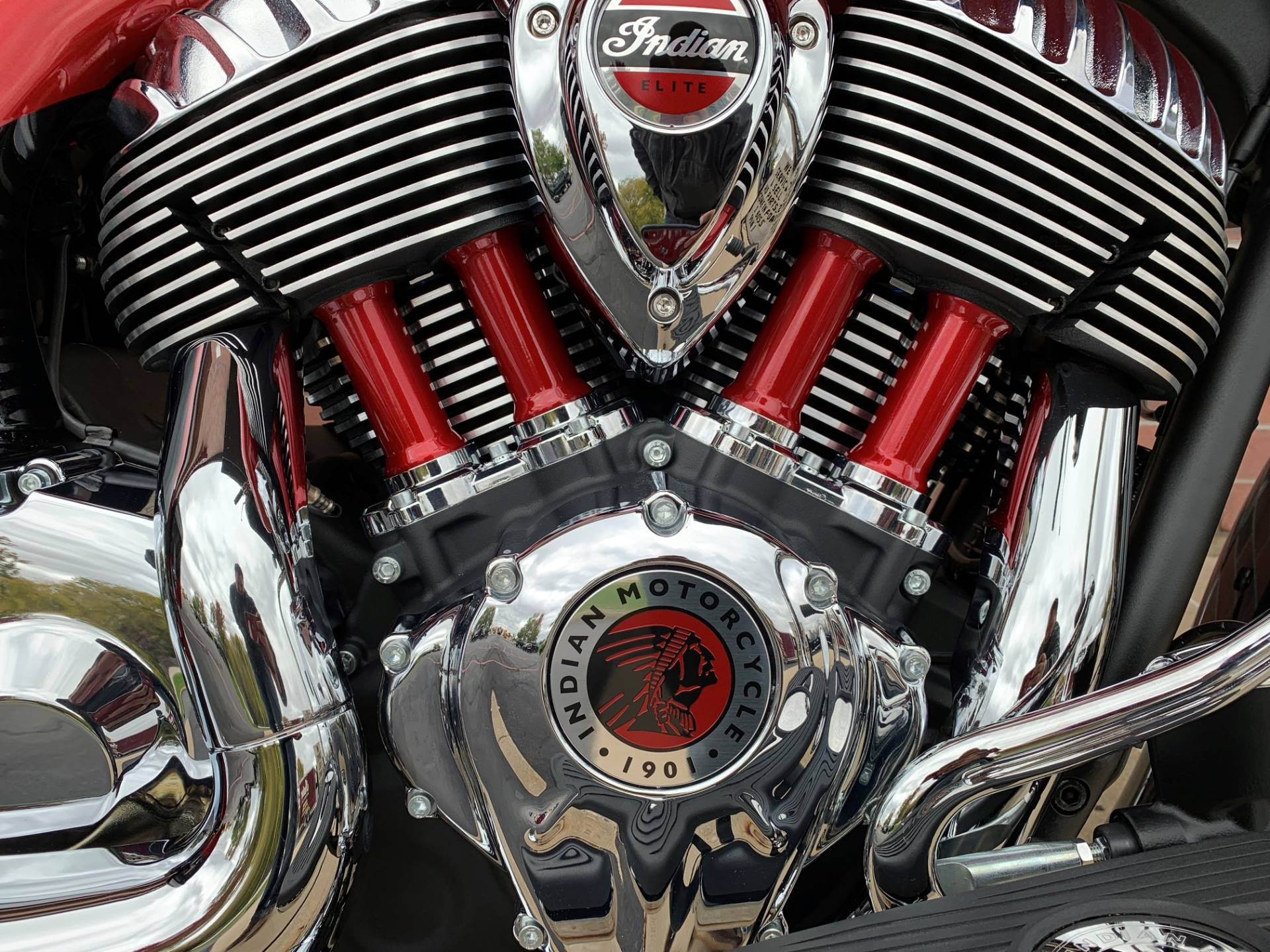 2020 Indian Chieftain® Elite in Muskego, Wisconsin - Photo 7