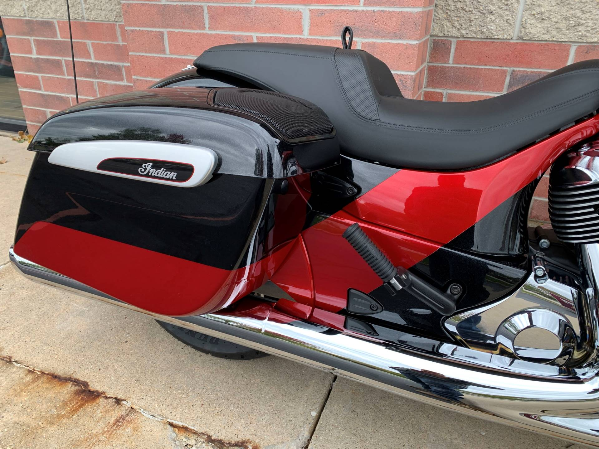 2020 Indian Chieftain® Elite in Muskego, Wisconsin - Photo 10