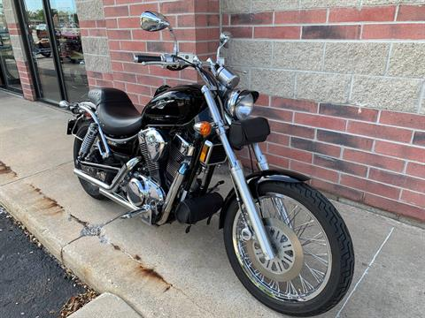 2005 Suzuki Boulevard S83 in Muskego, Wisconsin - Photo 2