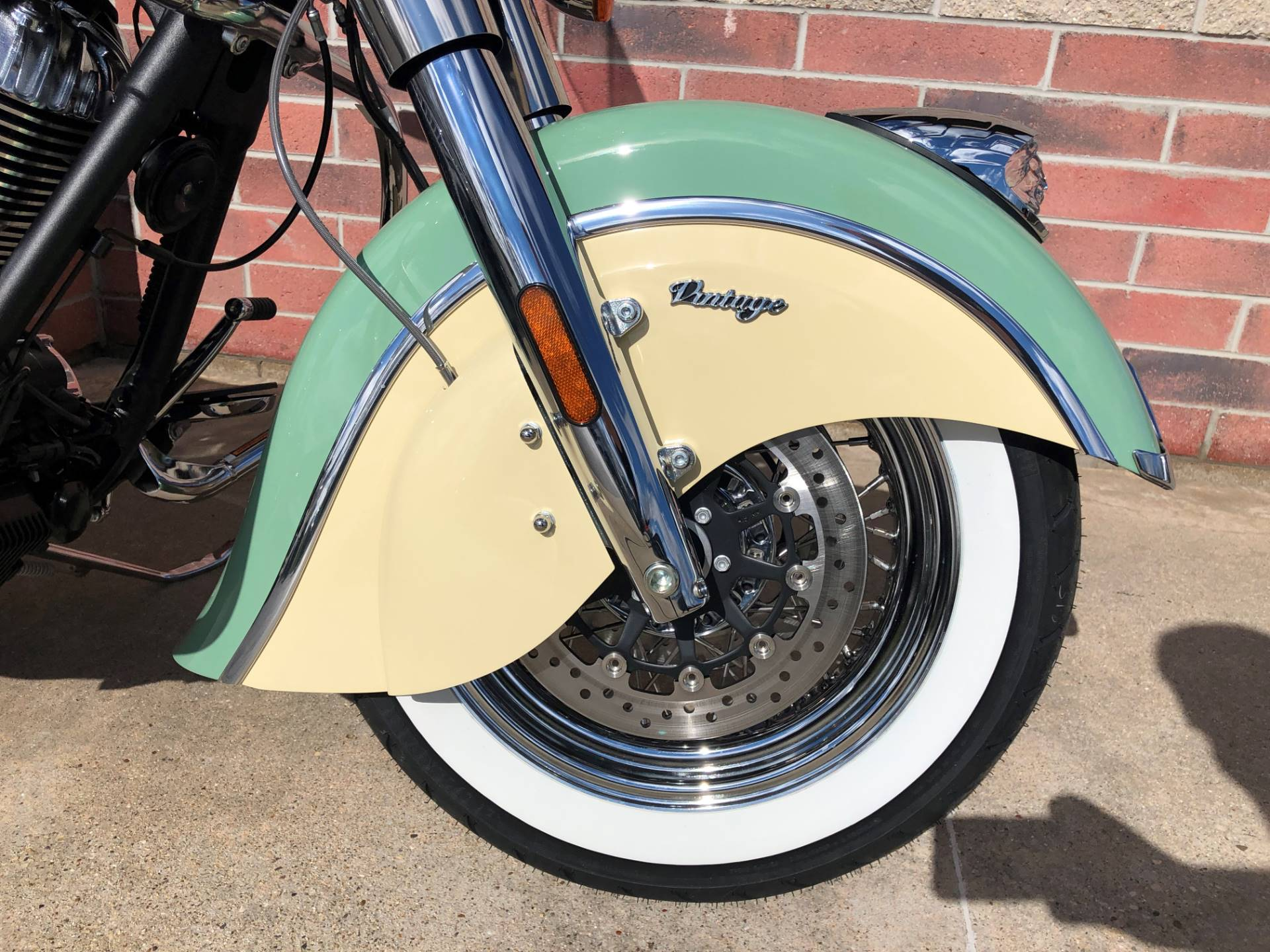 2019 Indian Chief® Vintage ABS in Muskego, Wisconsin - Photo 4