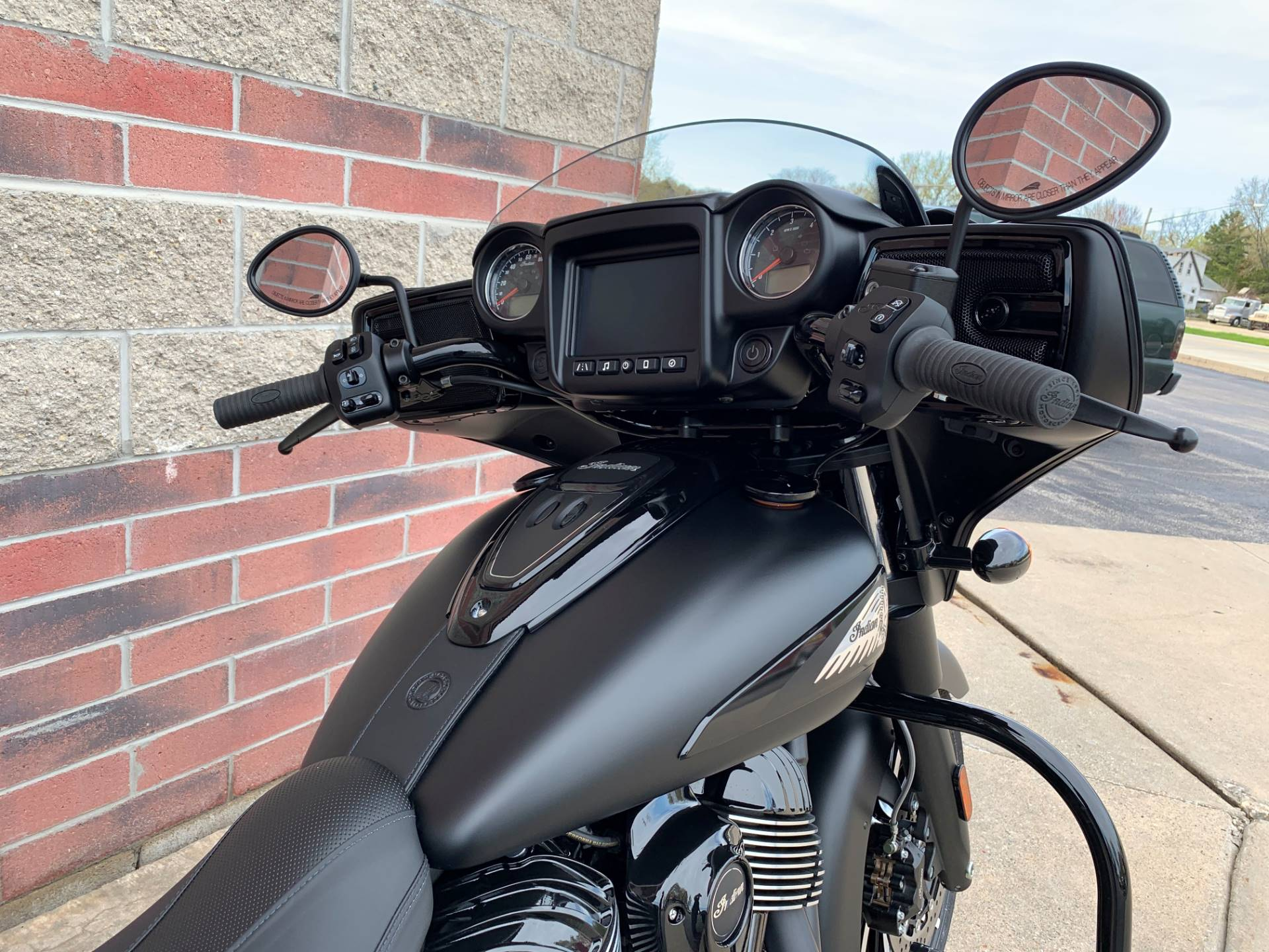2019 Indian Chieftain Dark Horse® ABS in Muskego, Wisconsin - Photo 6