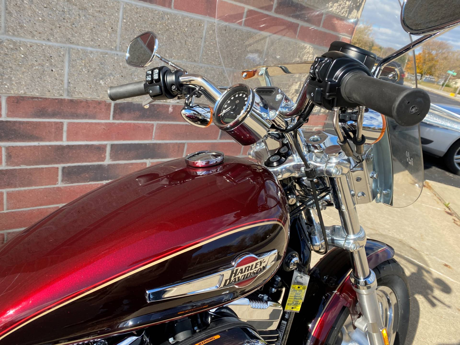 2015 Harley-Davidson 1200 Custom in Muskego, Wisconsin - Photo 6