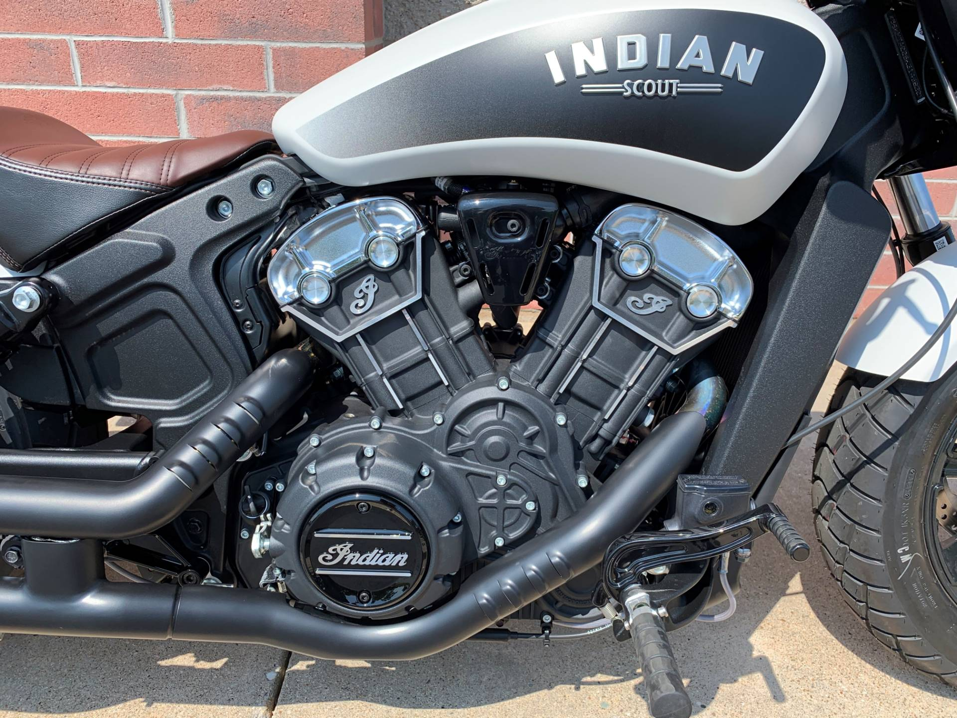 2019 Indian Scout® Bobber ABS in Muskego, Wisconsin - Photo 5