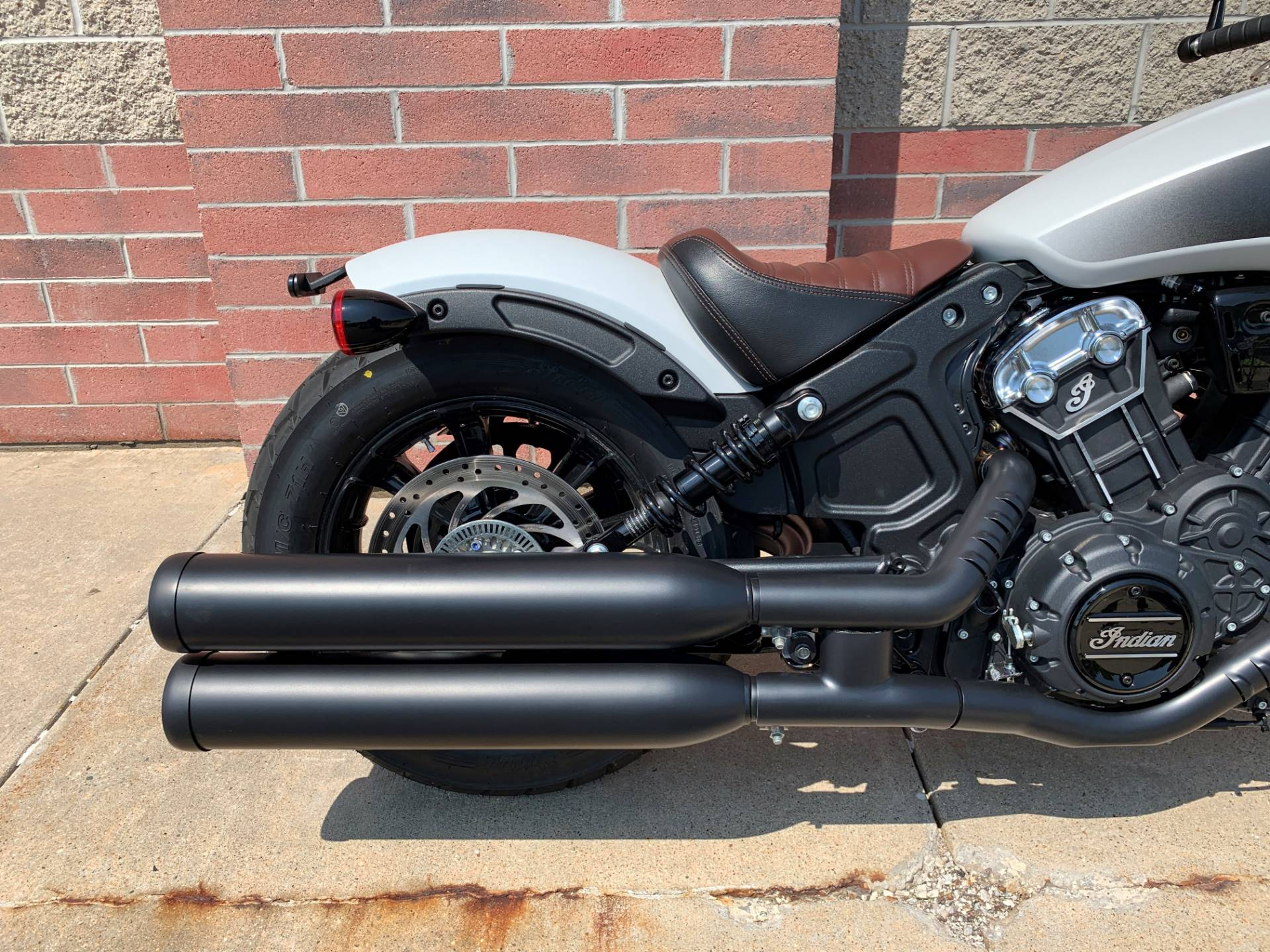 2019 Indian Scout® Bobber ABS in Muskego, Wisconsin - Photo 7