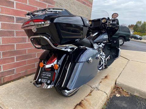 2021 Indian Roadmaster® Icon in Muskego, Wisconsin - Photo 10