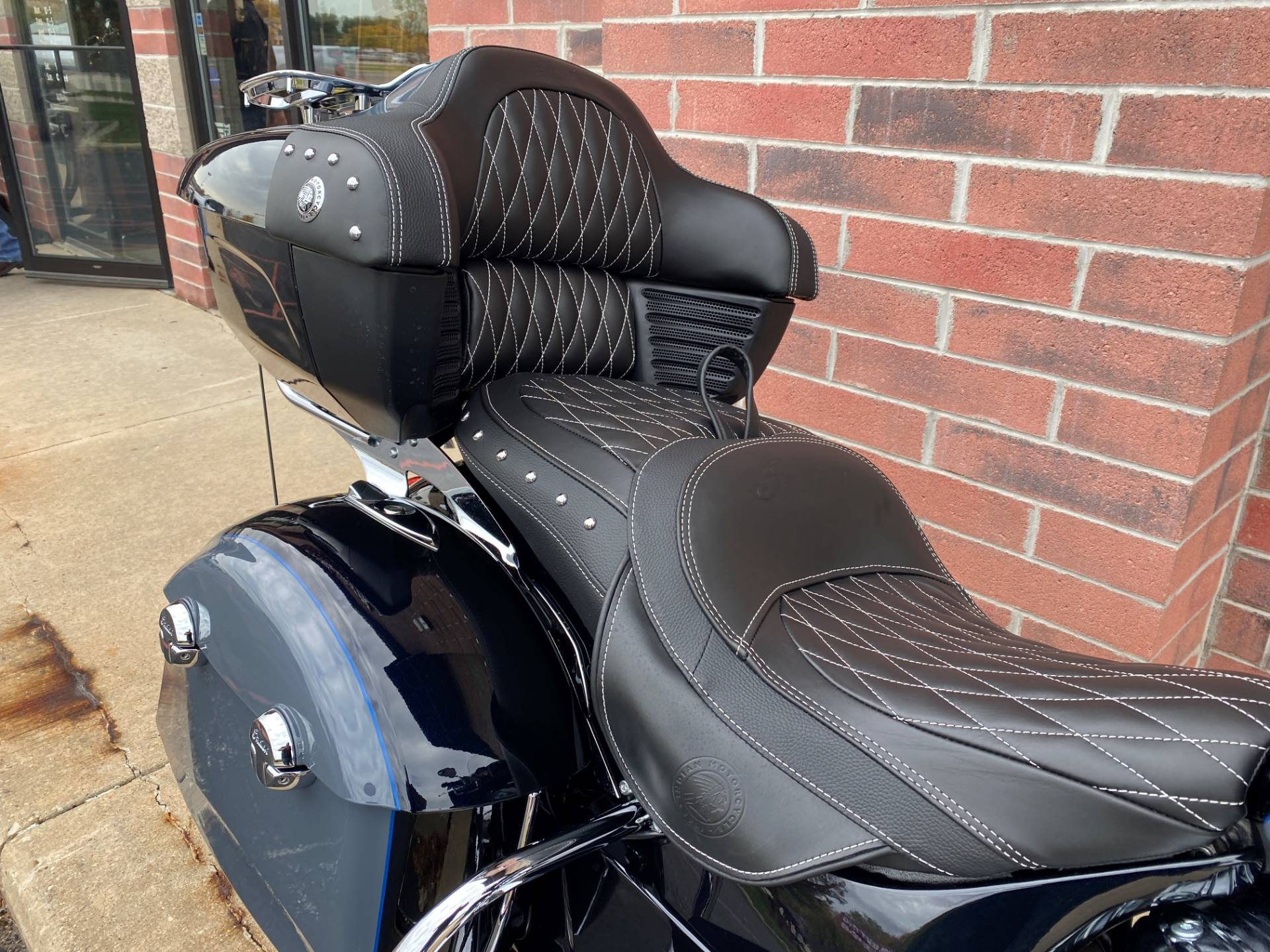 2021 Indian Roadmaster® Icon in Muskego, Wisconsin - Photo 14