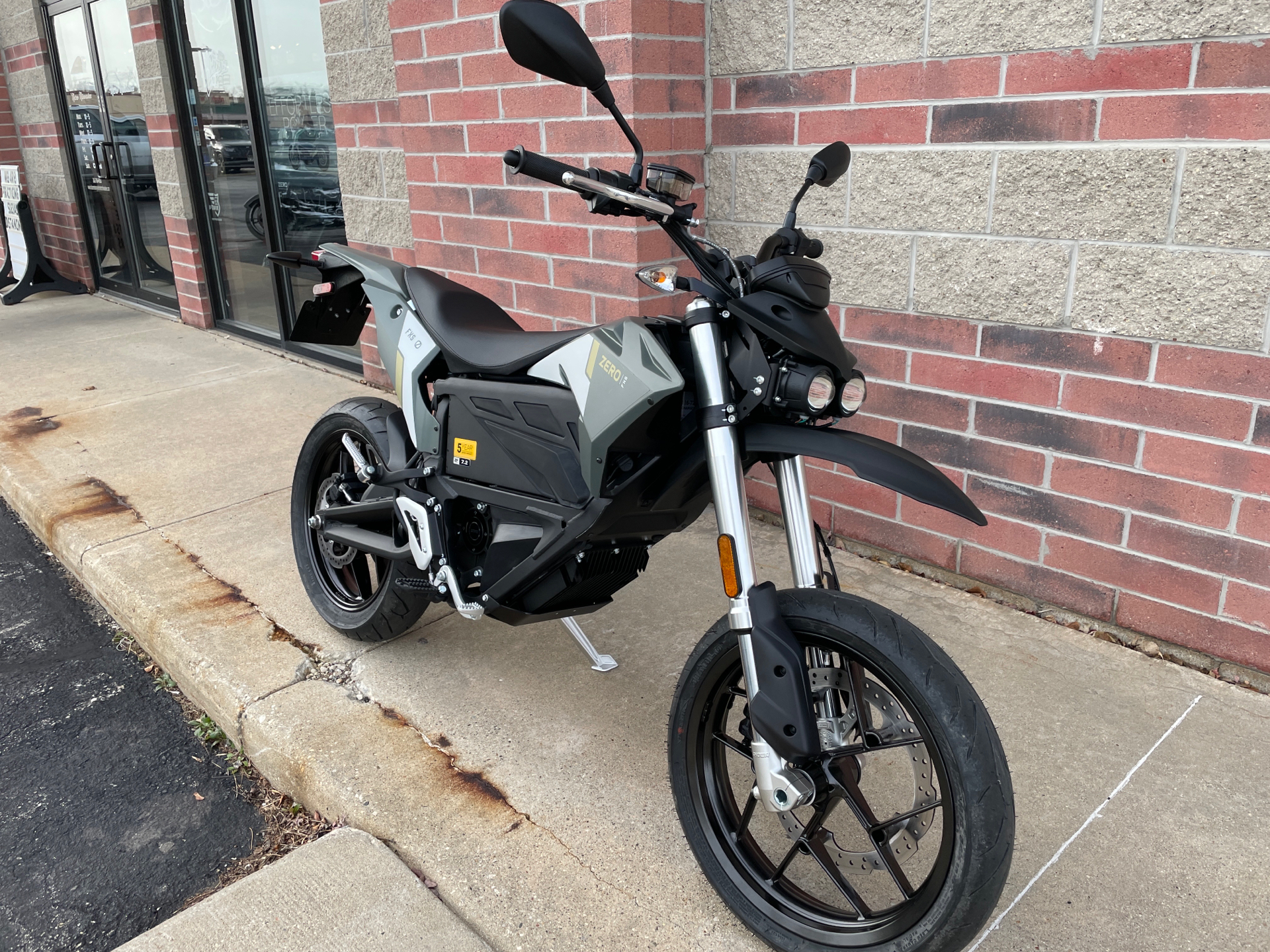 2021 Zero Motorcycles FXS ZF7.2 Integrated in Muskego, Wisconsin - Photo 2