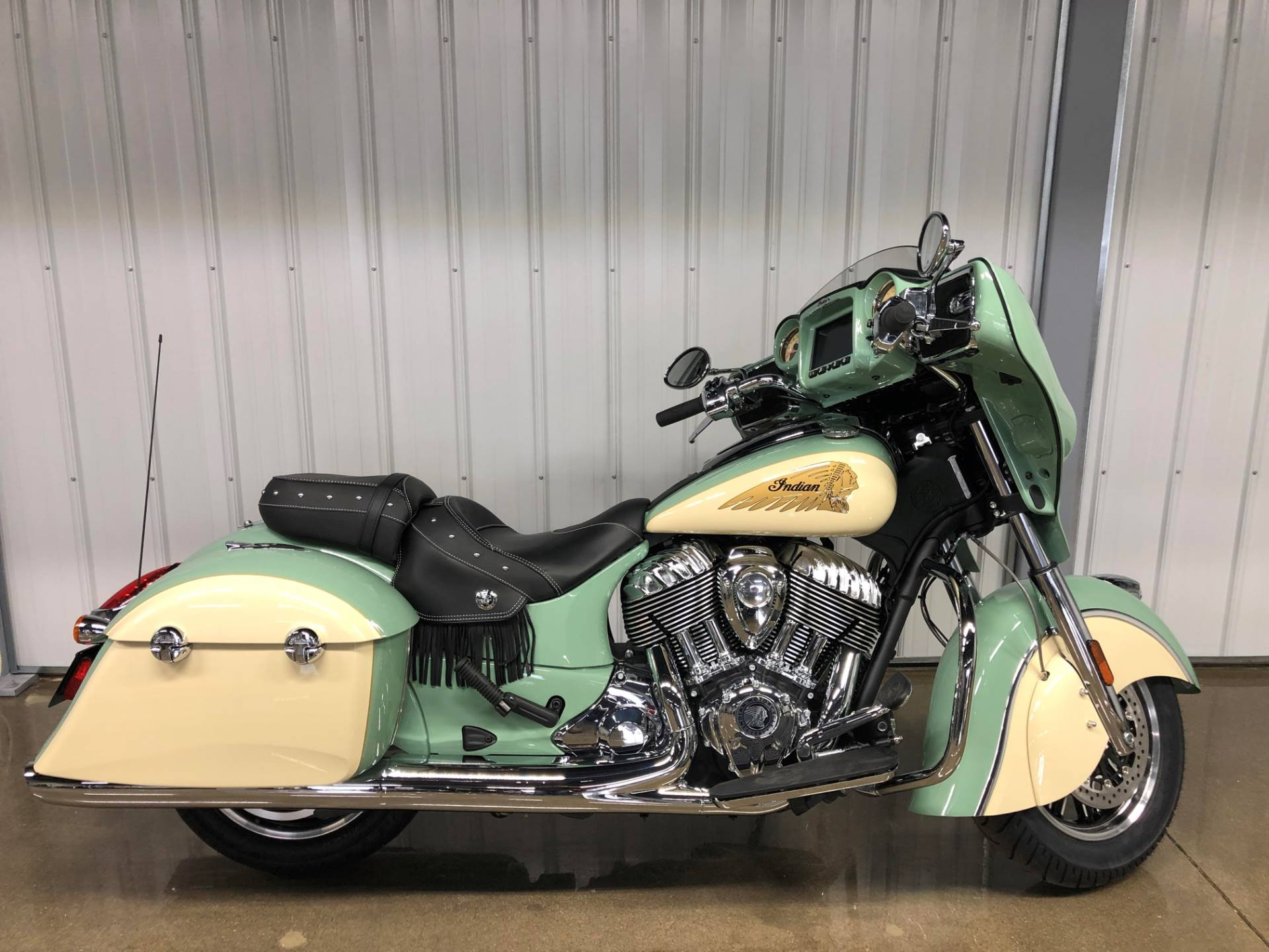 2019 Indian Chieftain® Classic Icon Series in Muskego, Wisconsin - Photo 1