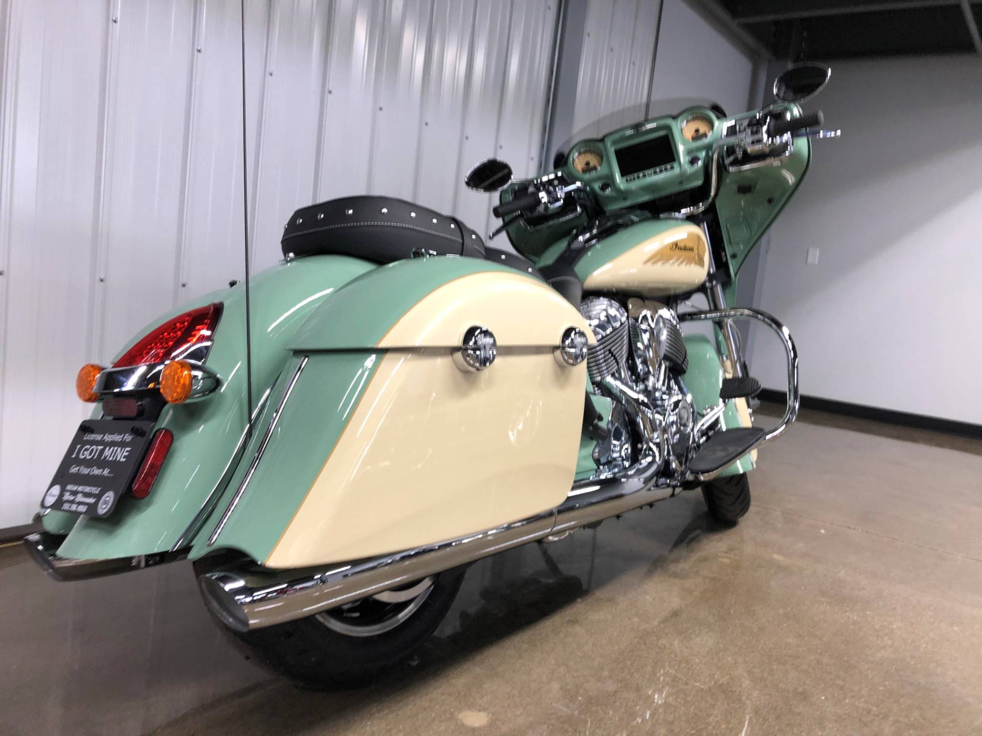 2019 Indian Chieftain® Classic Icon Series in Muskego, Wisconsin - Photo 13