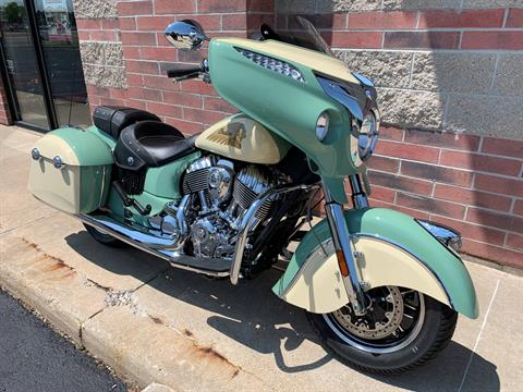 2019 Indian Chieftain® Classic Icon Series in Muskego, Wisconsin - Photo 2