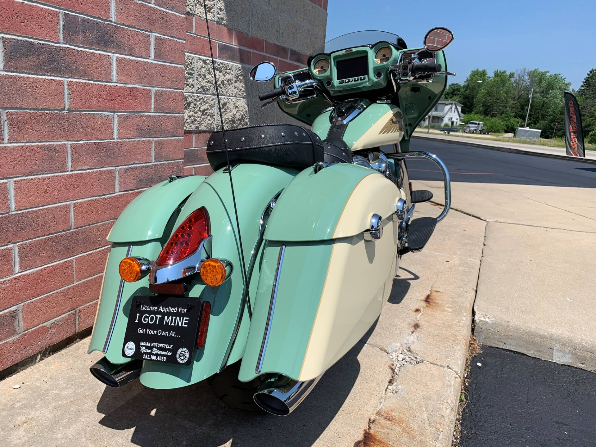 2019 Indian Chieftain® Classic Icon Series in Muskego, Wisconsin - Photo 9