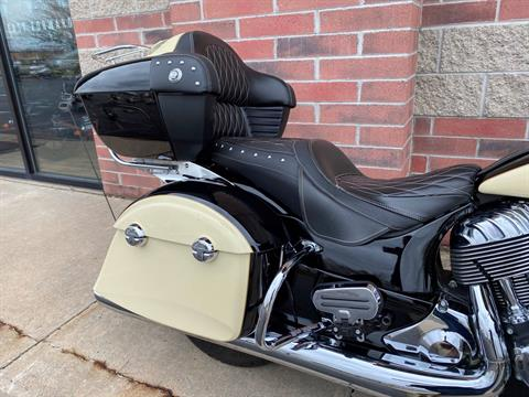2017 Indian Roadmaster® in Muskego, Wisconsin - Photo 8