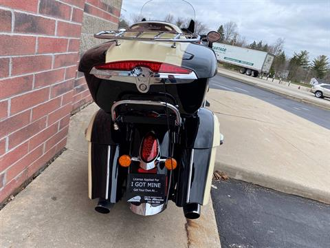 2017 Indian Roadmaster® in Muskego, Wisconsin - Photo 11