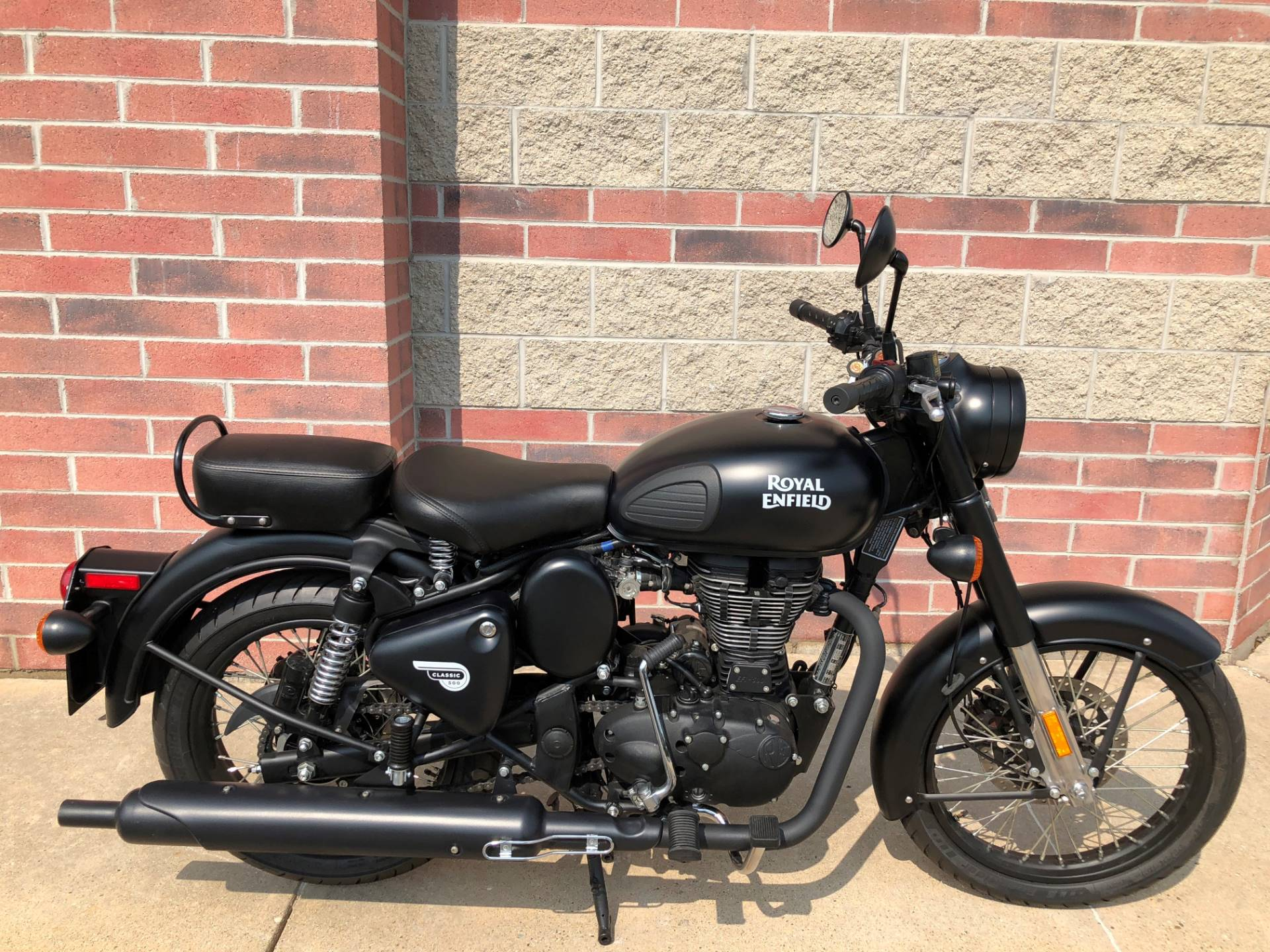 2018 Royal Enfield Classic Stealth Black ABS in Muskego, Wisconsin