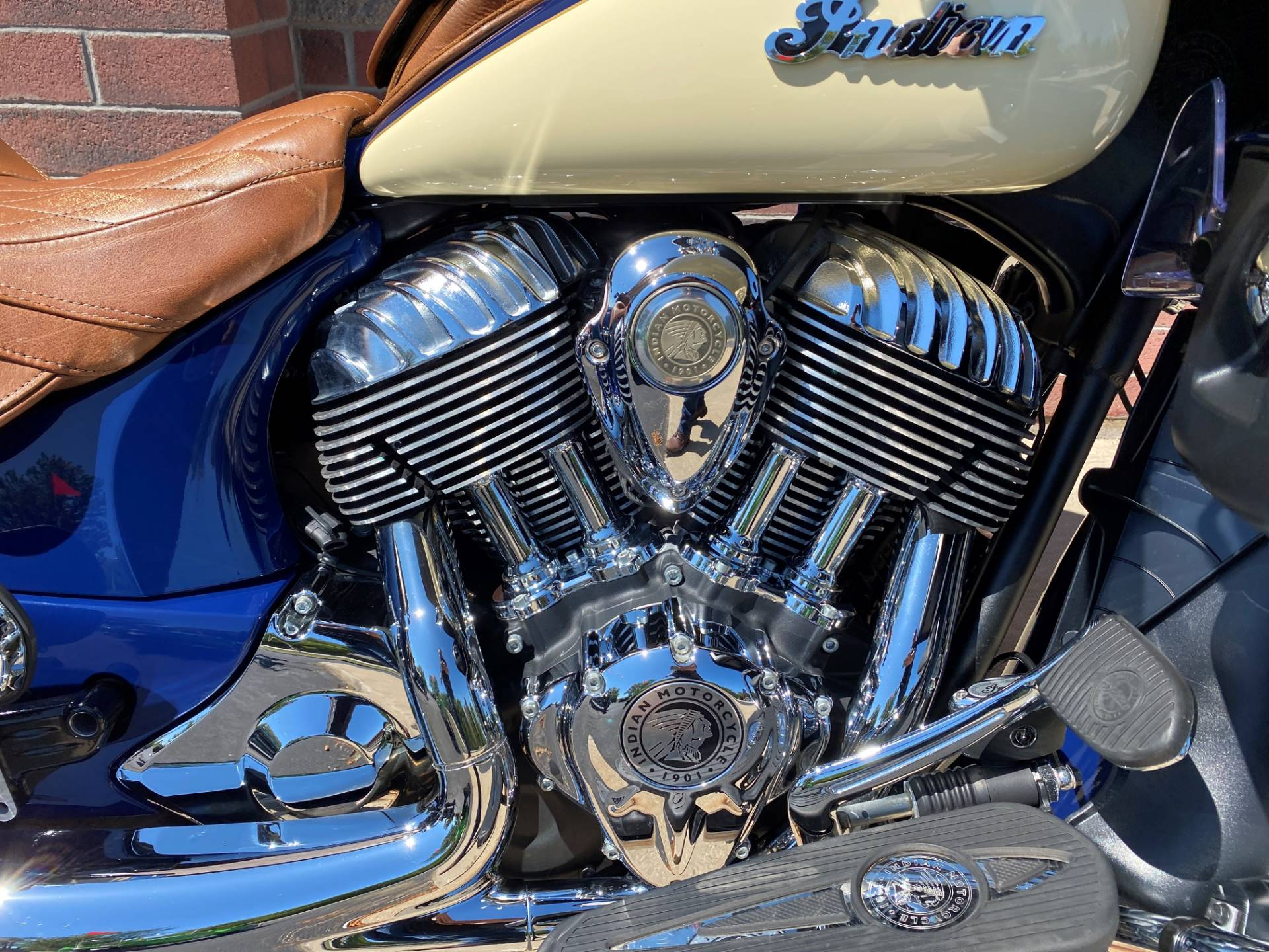 2016 Indian Roadmaster® in Muskego, Wisconsin - Photo 7