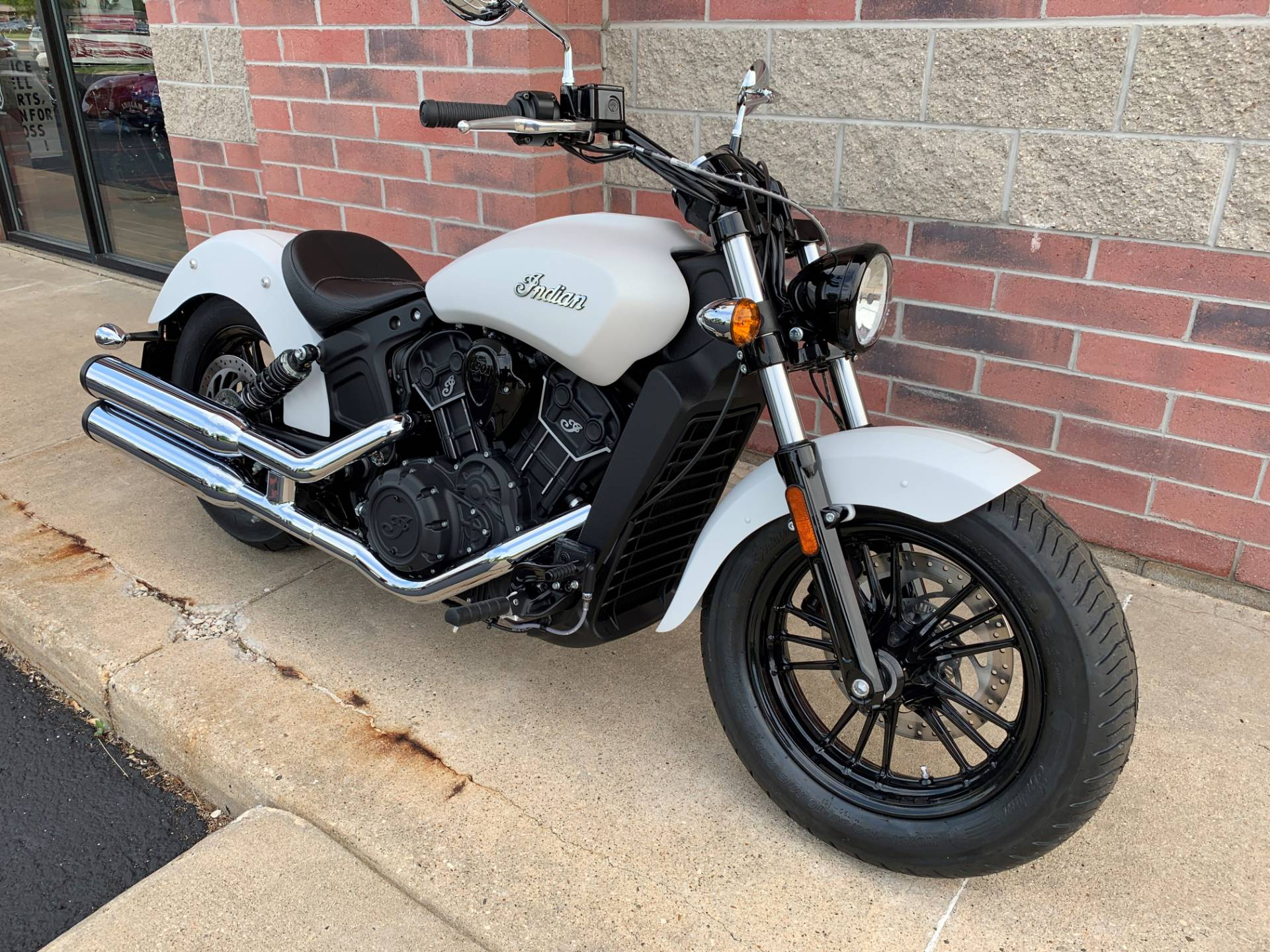 2019 Indian Scout® Sixty ABS in Muskego, Wisconsin - Photo 2