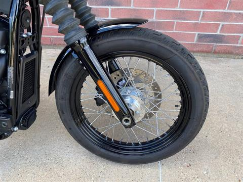 2019 Harley-Davidson Street Bob® in Muskego, Wisconsin - Photo 4