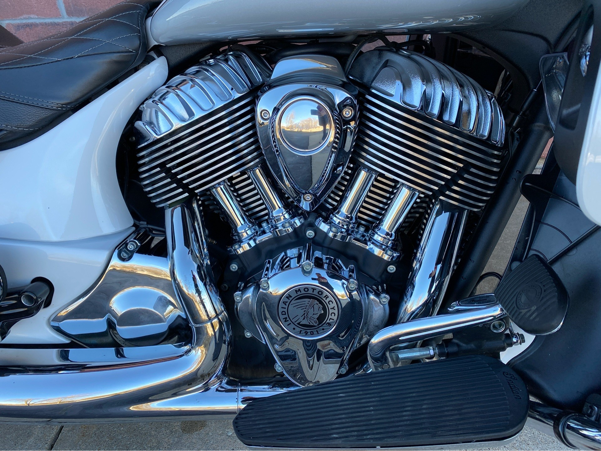 2018 Indian Roadmaster® ABS in Muskego, Wisconsin - Photo 5