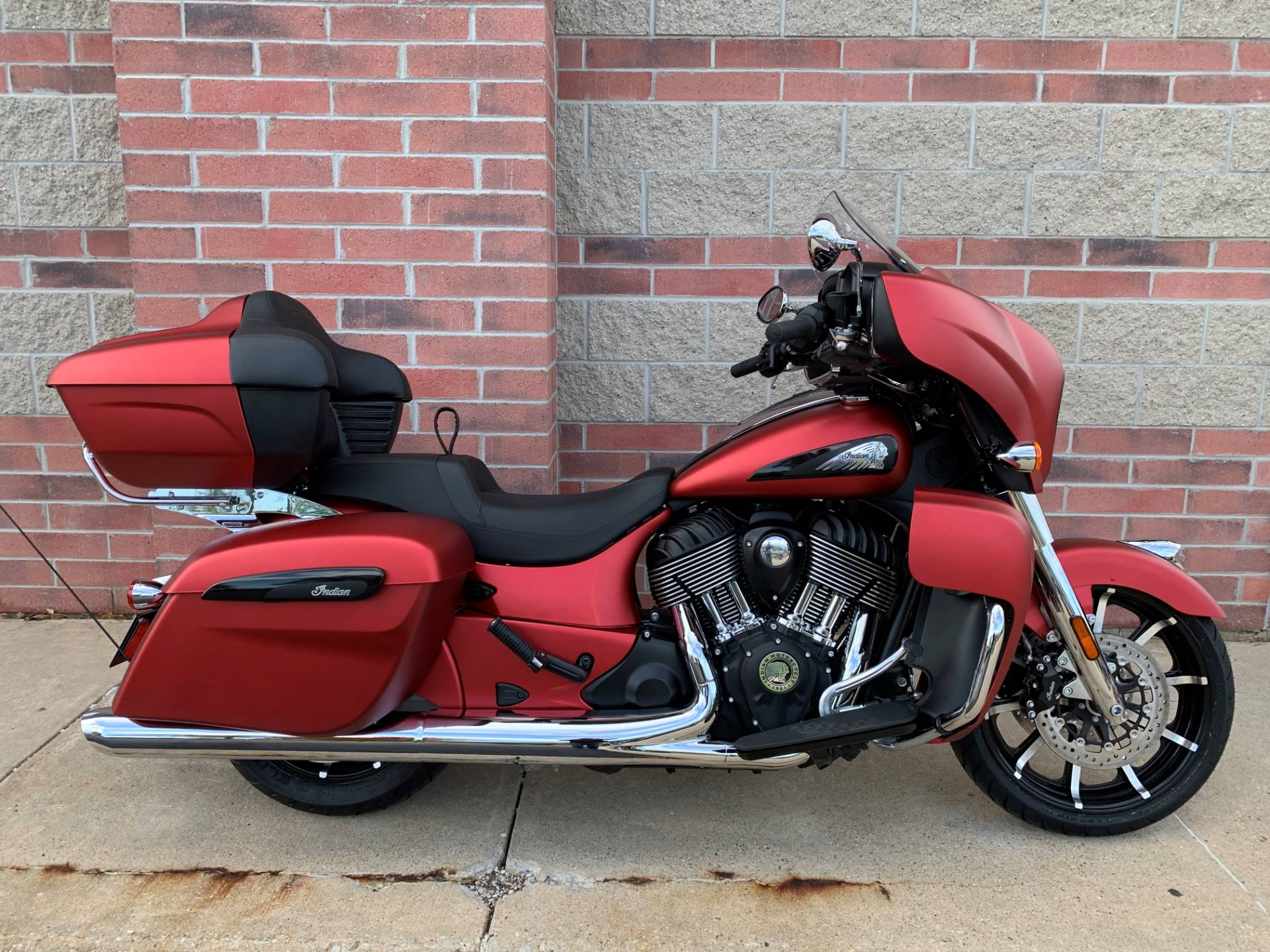 2020 Indian Roadmaster® Dark Horse® in Muskego, Wisconsin - Photo 1