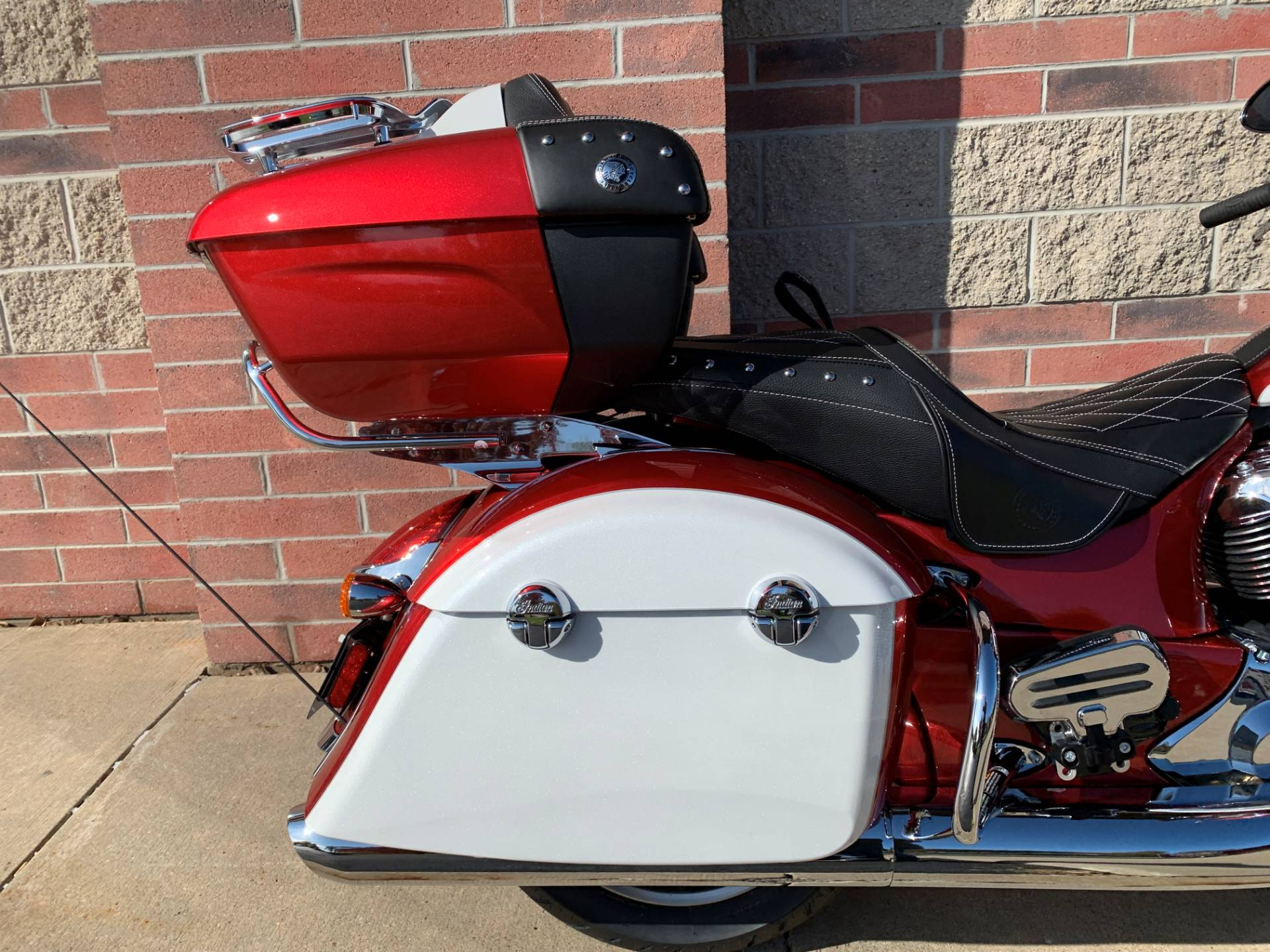 2020 Indian Roadmaster® Icon Series in Muskego, Wisconsin - Photo 8