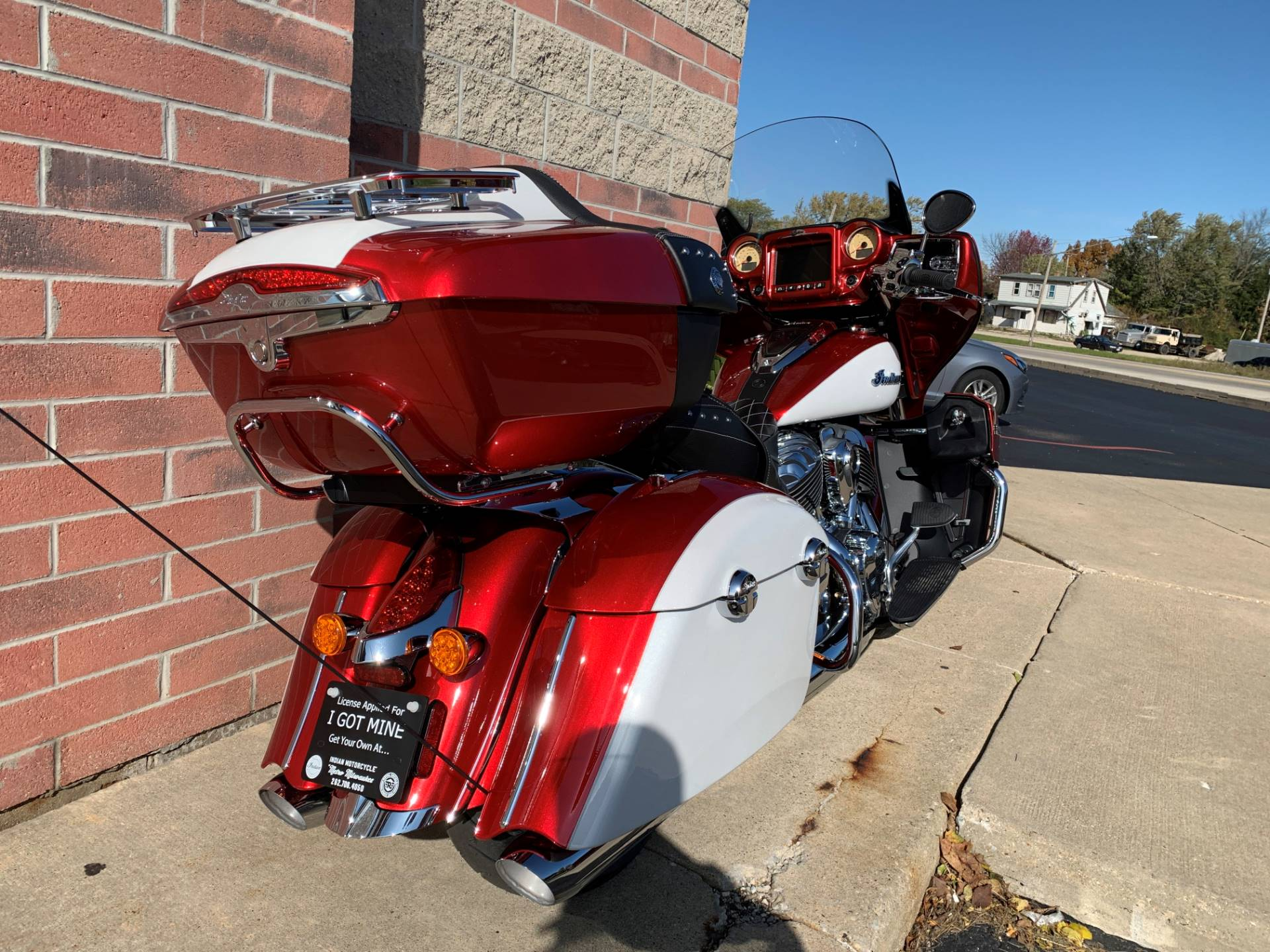 2020 Indian Roadmaster® Icon Series in Muskego, Wisconsin - Photo 9