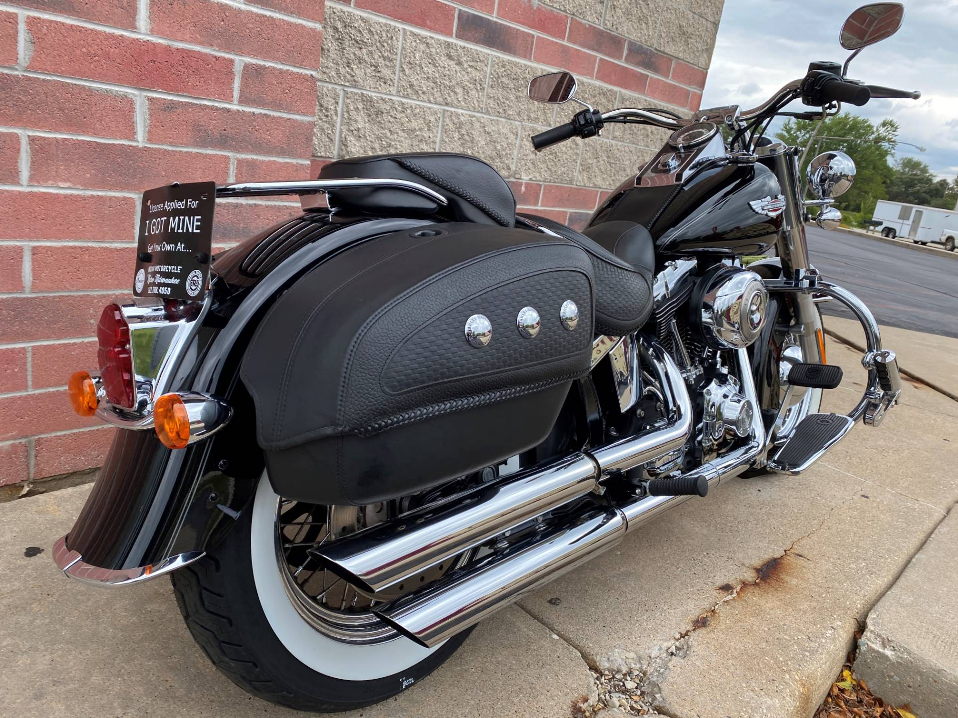 2010 Harley-Davidson Softail® Deluxe in Muskego, Wisconsin - Photo 9