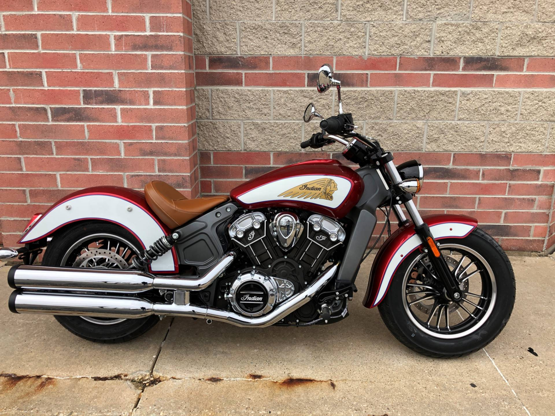 2019 Indian Scout® ABS Icon Series in Muskego, Wisconsin - Photo 1