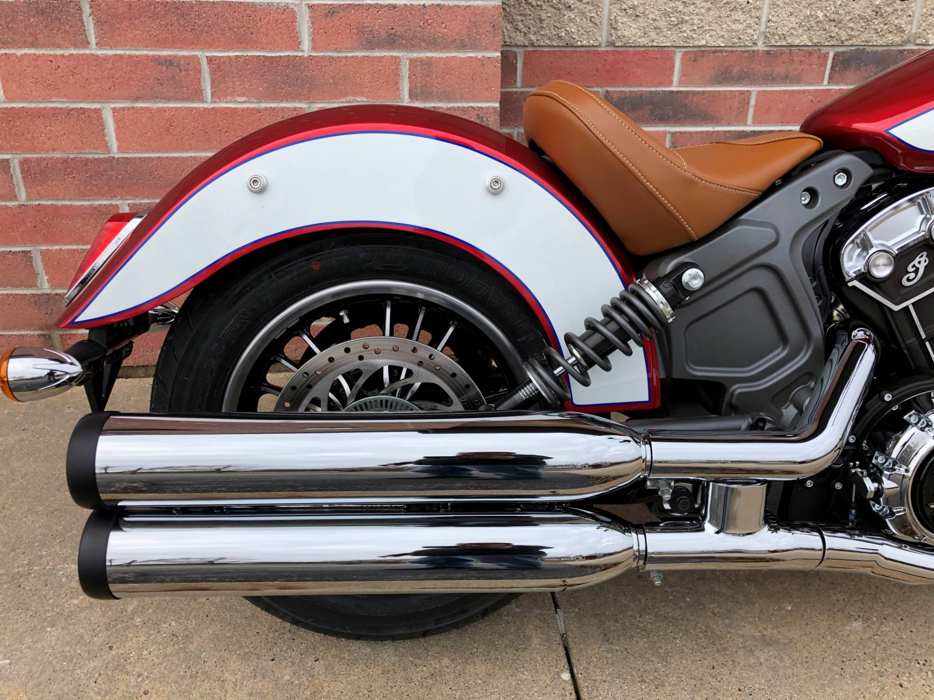 2019 Indian Scout® ABS Icon Series in Muskego, Wisconsin - Photo 6