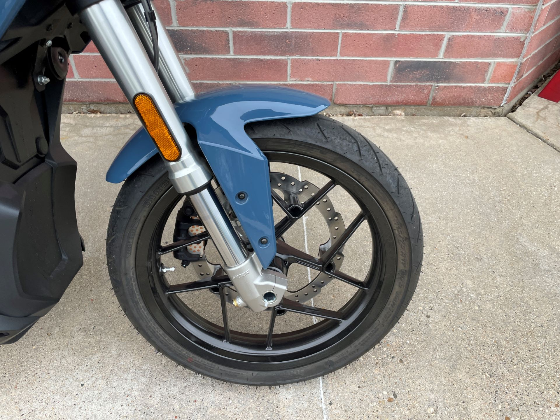 2020 Zero Motorcycles S ZF7.2 + Charge Tank in Muskego, Wisconsin - Photo 4