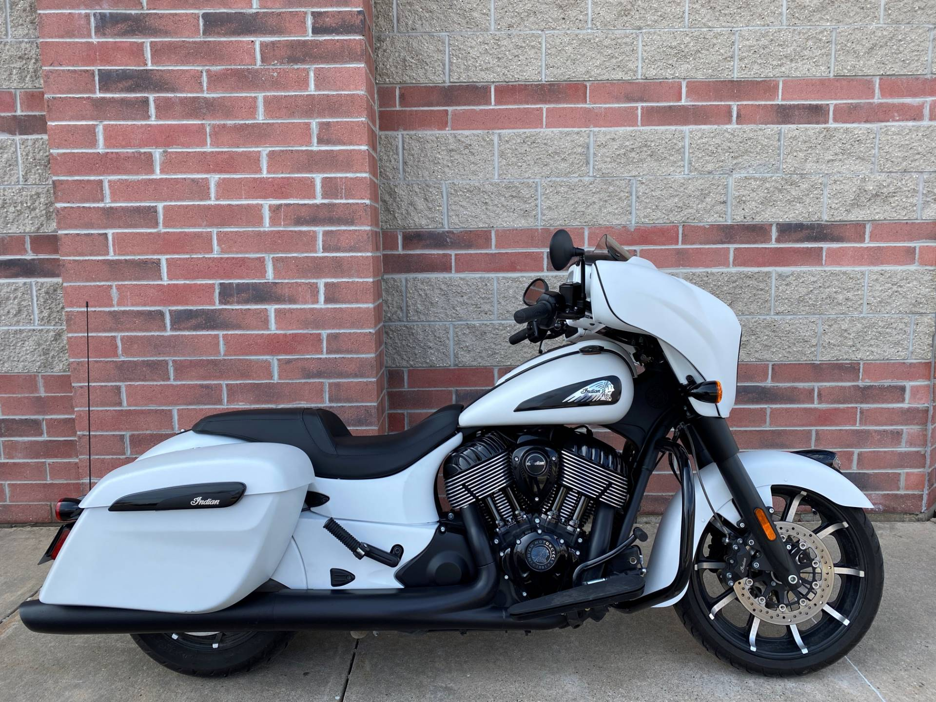 2019 Indian Chieftain® Dark Horse® ABS in Muskego, Wisconsin - Photo 1