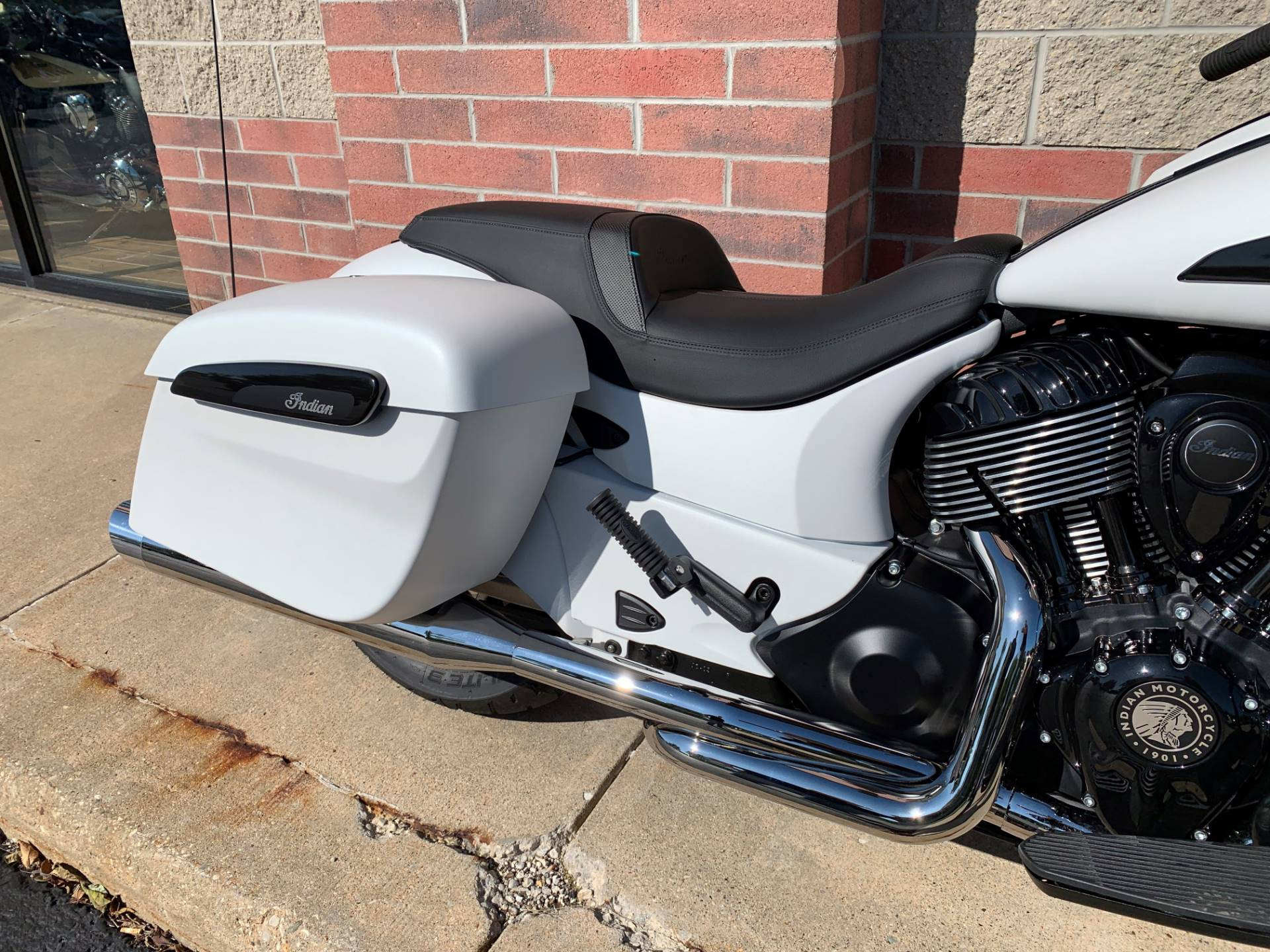 2019 Indian Chieftain® Dark Horse® ABS in Muskego, Wisconsin - Photo 8