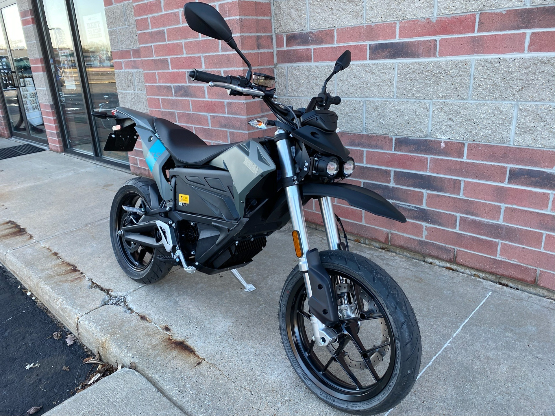 2020 Zero Motorcycles FXS ZF7.2 Integrated in Muskego, Wisconsin - Photo 2