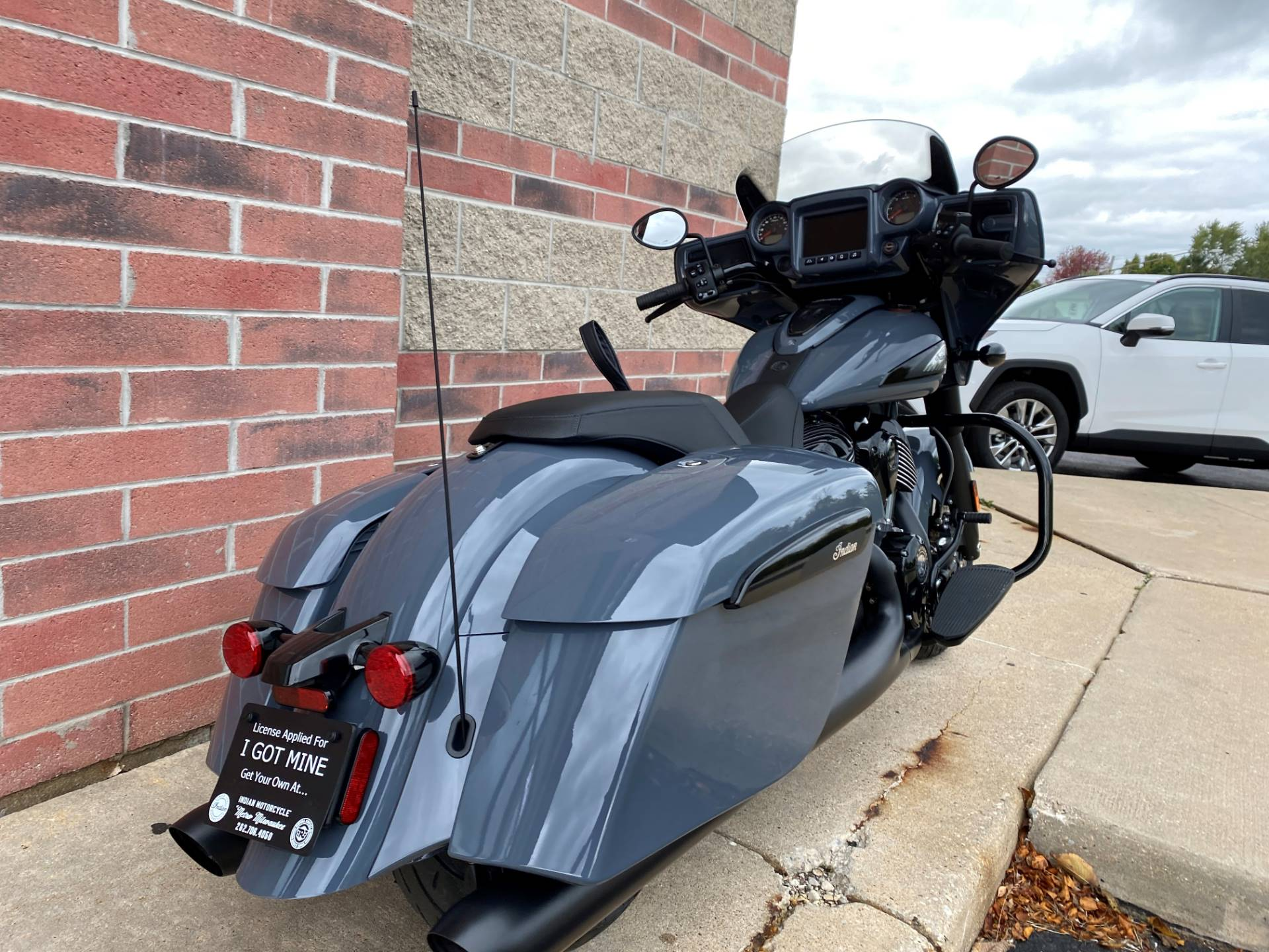 2021 Indian Chieftain® Dark Horse® Icon in Muskego, Wisconsin - Photo 9