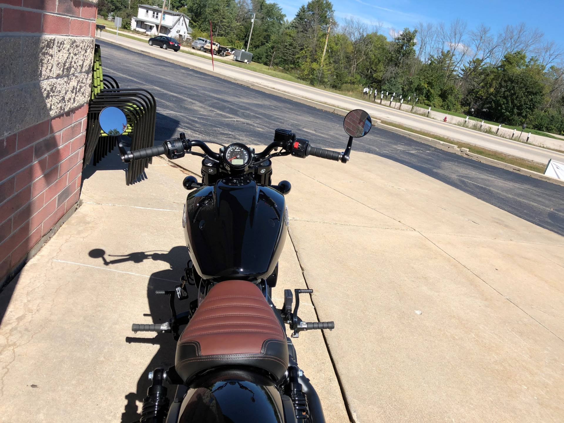 2019 Indian Scout® Bobber in Muskego, Wisconsin - Photo 9