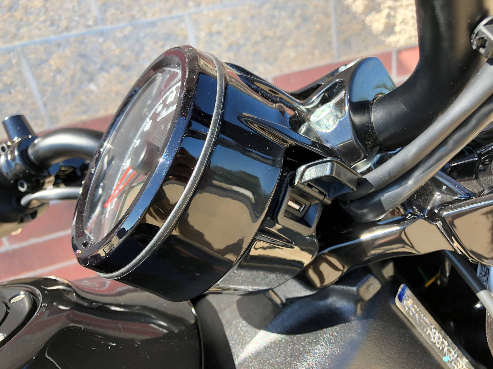 2019 Indian Scout® Bobber in Muskego, Wisconsin - Photo 12