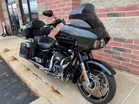 2013 Harley-Davidson CVO™ Road Glide® Custom 110th Anniversary Edition in Muskego, Wisconsin - Photo 2
