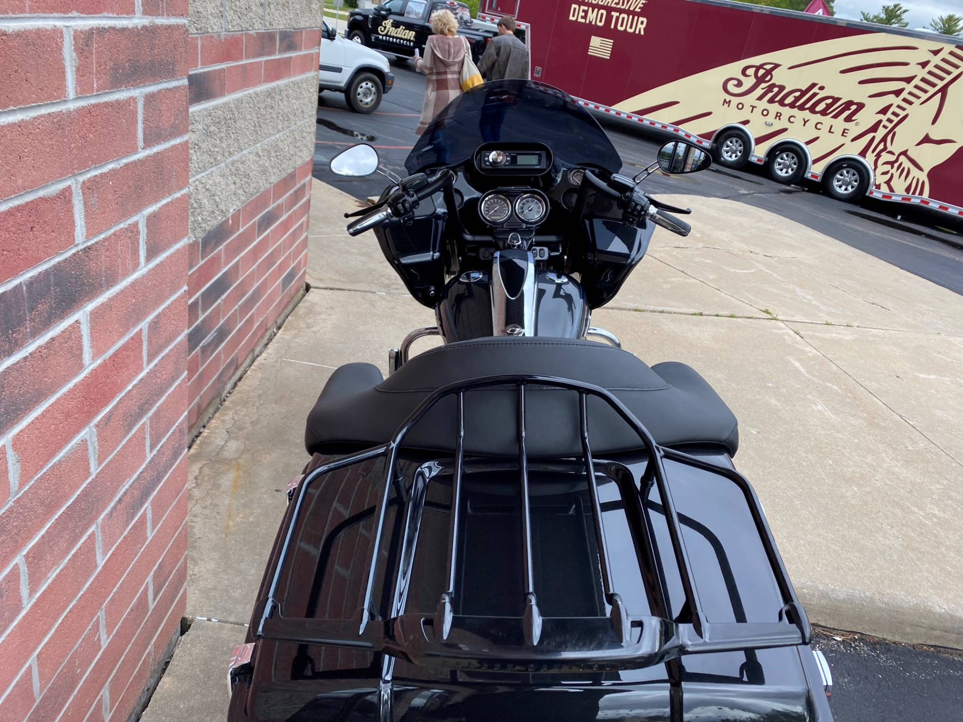 2013 Harley-Davidson CVO™ Road Glide® Custom 110th Anniversary Edition in Muskego, Wisconsin - Photo 10