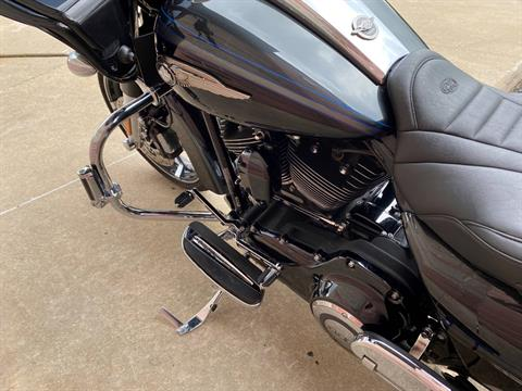 2013 Harley-Davidson CVO™ Road Glide® Custom 110th Anniversary Edition in Muskego, Wisconsin - Photo 11
