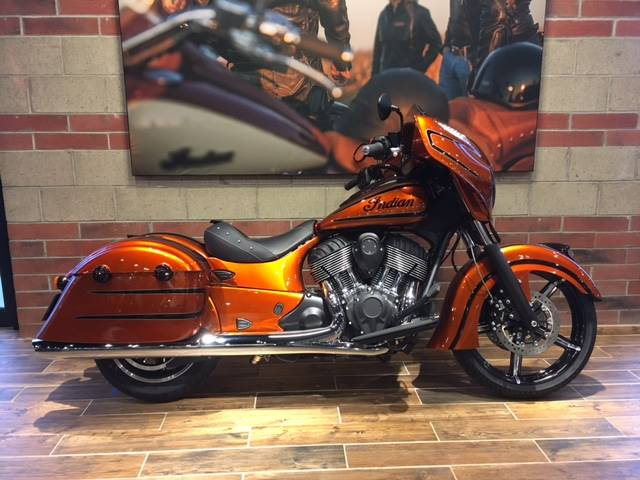 2017 Indian Chieftain Dark Horse® in Muskego, Wisconsin