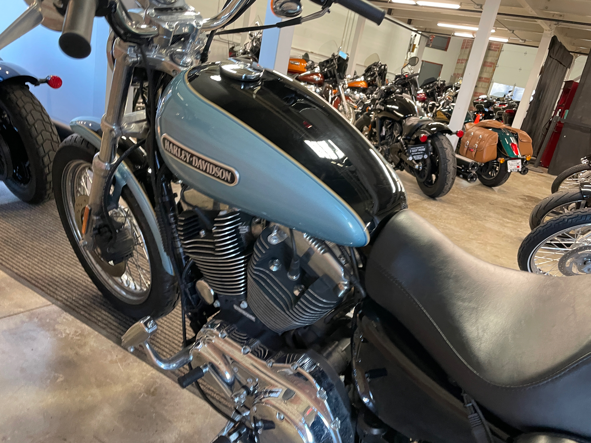 2007 Harley-Davidson Sportster® 1200 Low in Muskego, Wisconsin - Photo 11