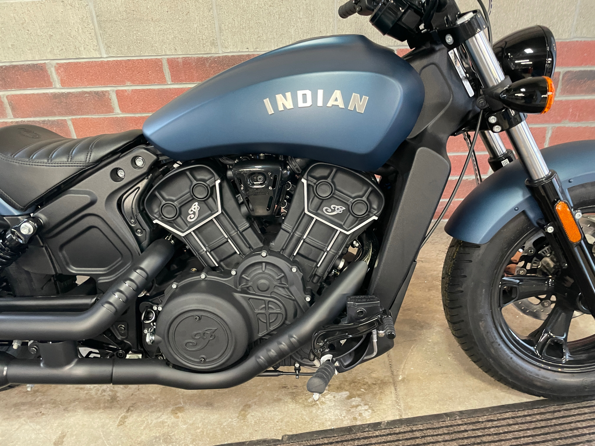 2021 Indian Scout® Bobber Sixty ABS in Muskego, Wisconsin - Photo 5