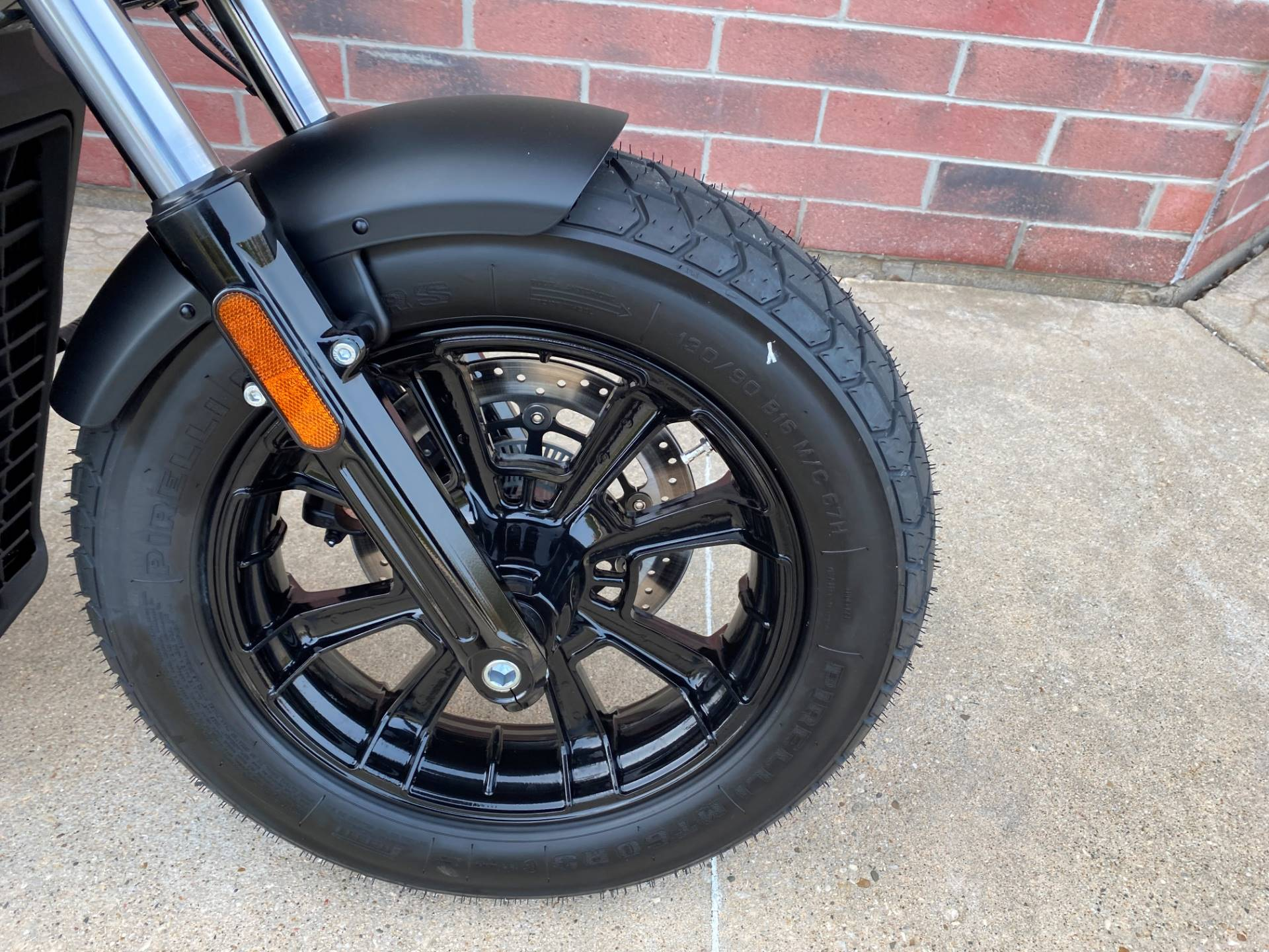 2021 Indian Scout® Bobber ABS in Muskego, Wisconsin - Photo 4