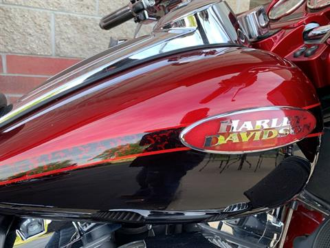 2011 Harley-Davidson CVO™ Road Glide® Ultra in Muskego, Wisconsin - Photo 6