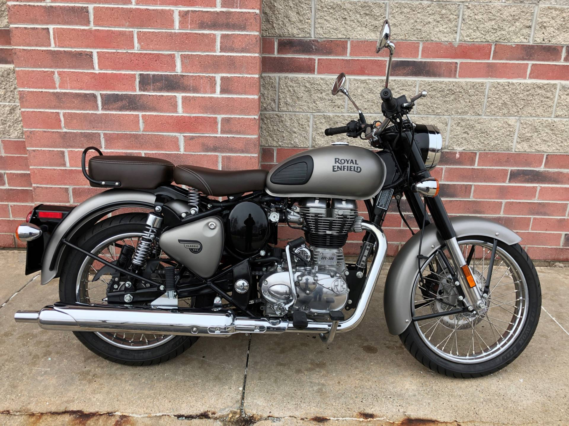 2018 Royal Enfield Classic Military ABS in Muskego, Wisconsin