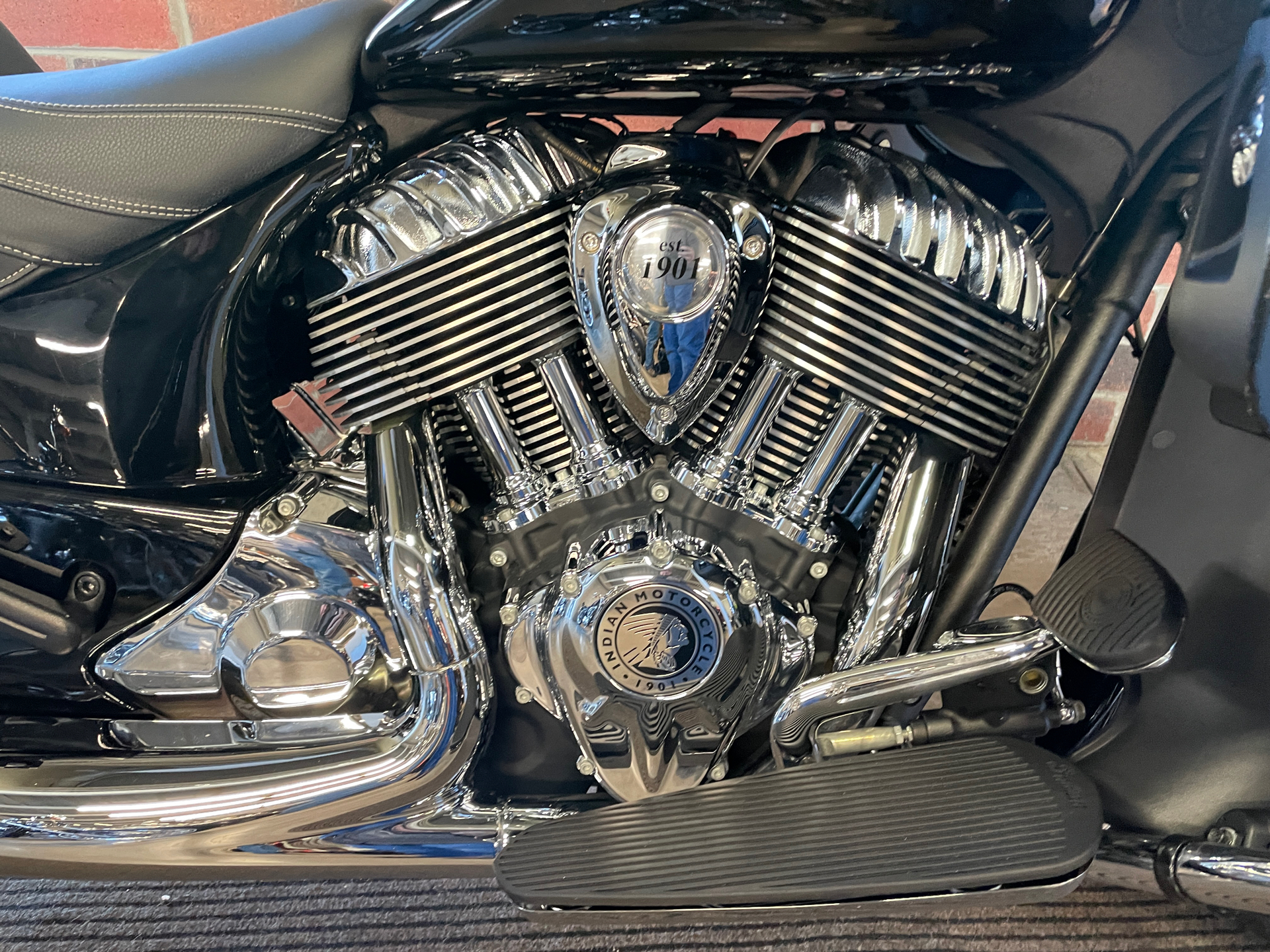 2019 Indian Roadmaster® ABS in Muskego, Wisconsin - Photo 6