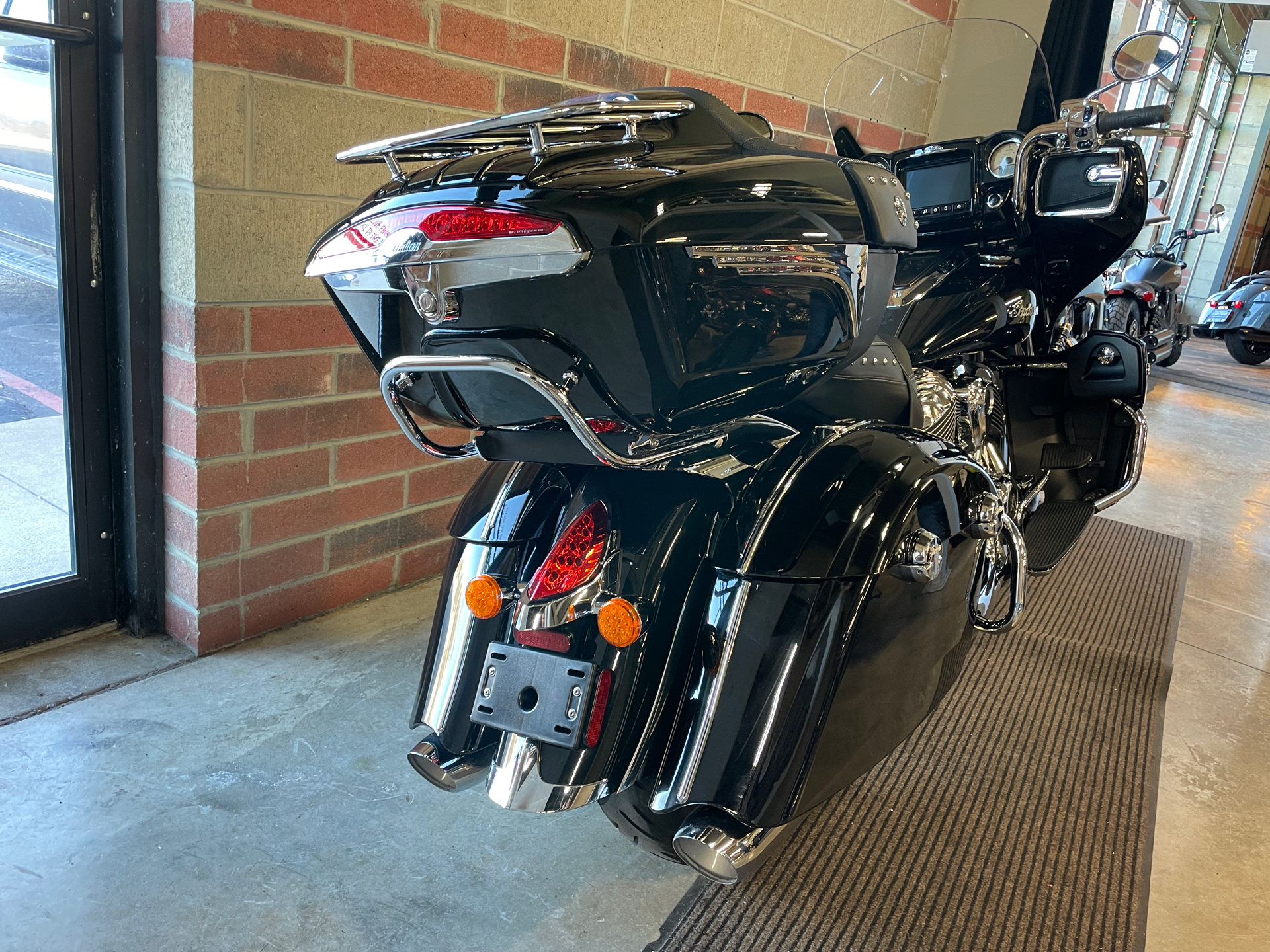 2019 Indian Roadmaster® ABS in Muskego, Wisconsin - Photo 12